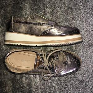 Metallic Platform Oxford Sneakers